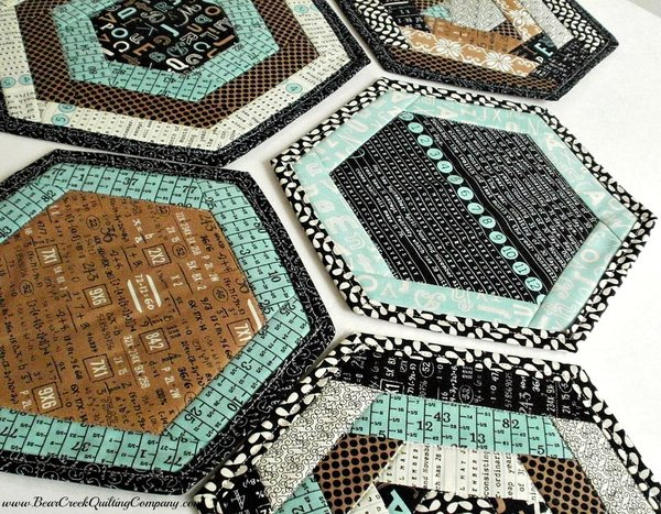 Textagon Mug Rug Tutorial